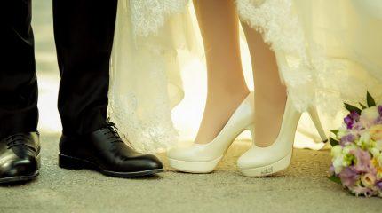 Düğün Hikayesi Çekimi için Gelin Ayakkabısı Seçimi